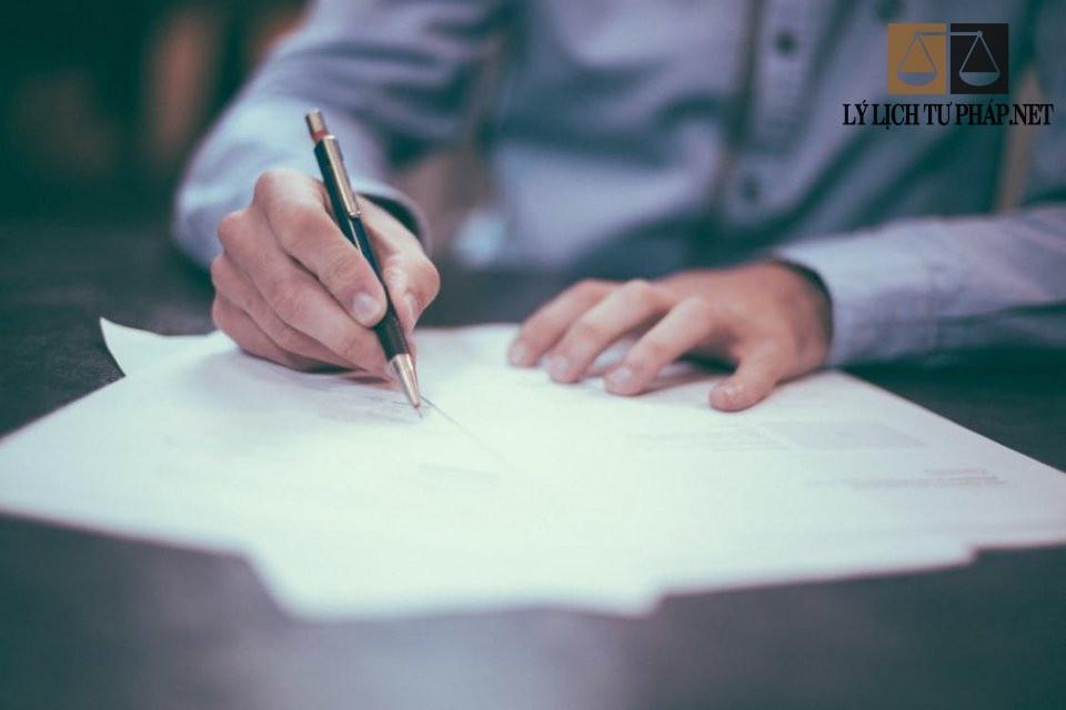 Làm lý lịch tư pháp cần giấy tờ gì